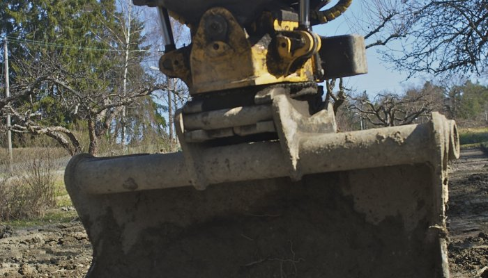 Vi genomför både mark- och träarbeten